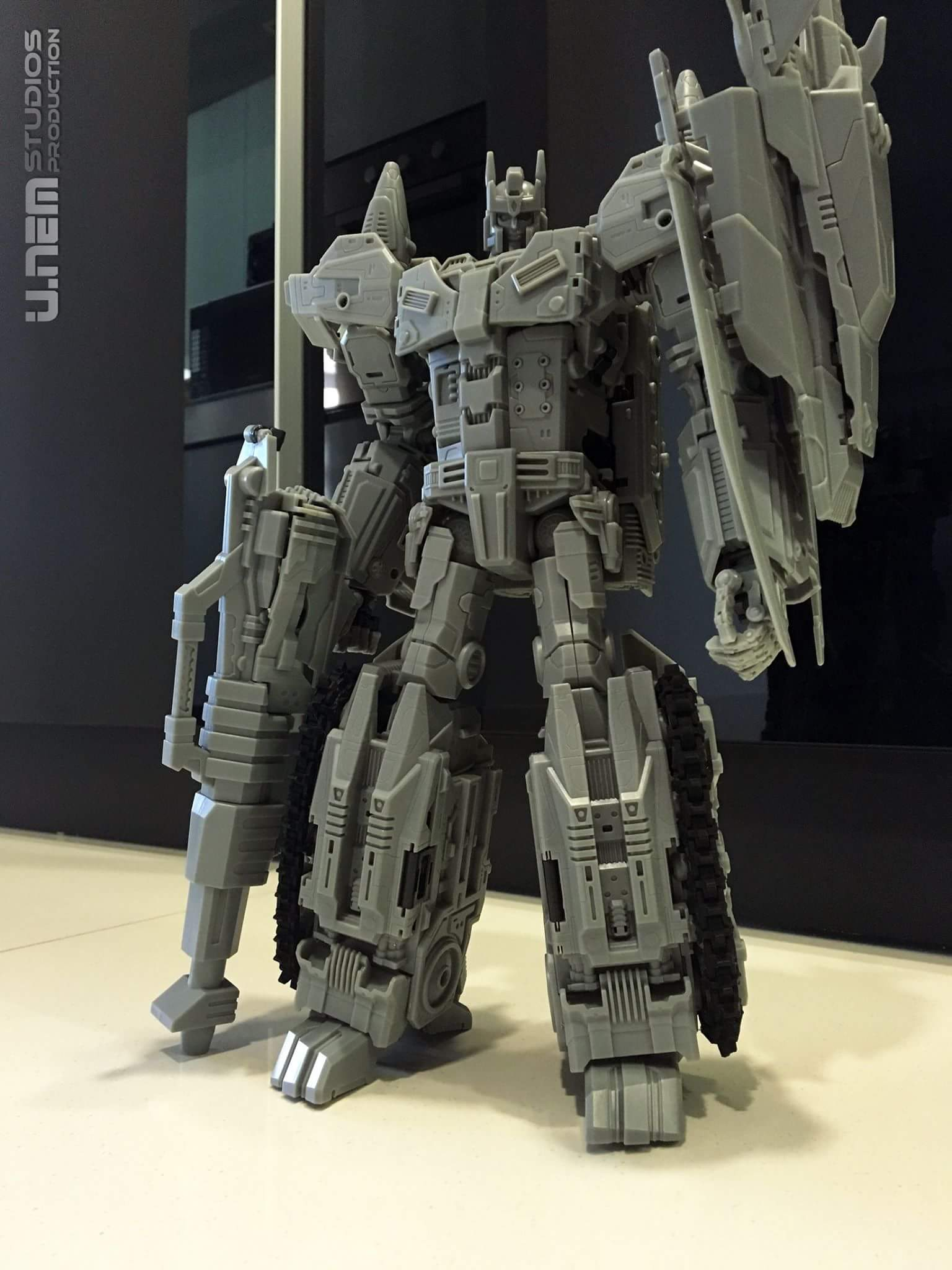 [Mastermind Creations] Produit Tiers - R-17 Carnifex - aka Overlord (TF Masterforce) Sa51QpiD