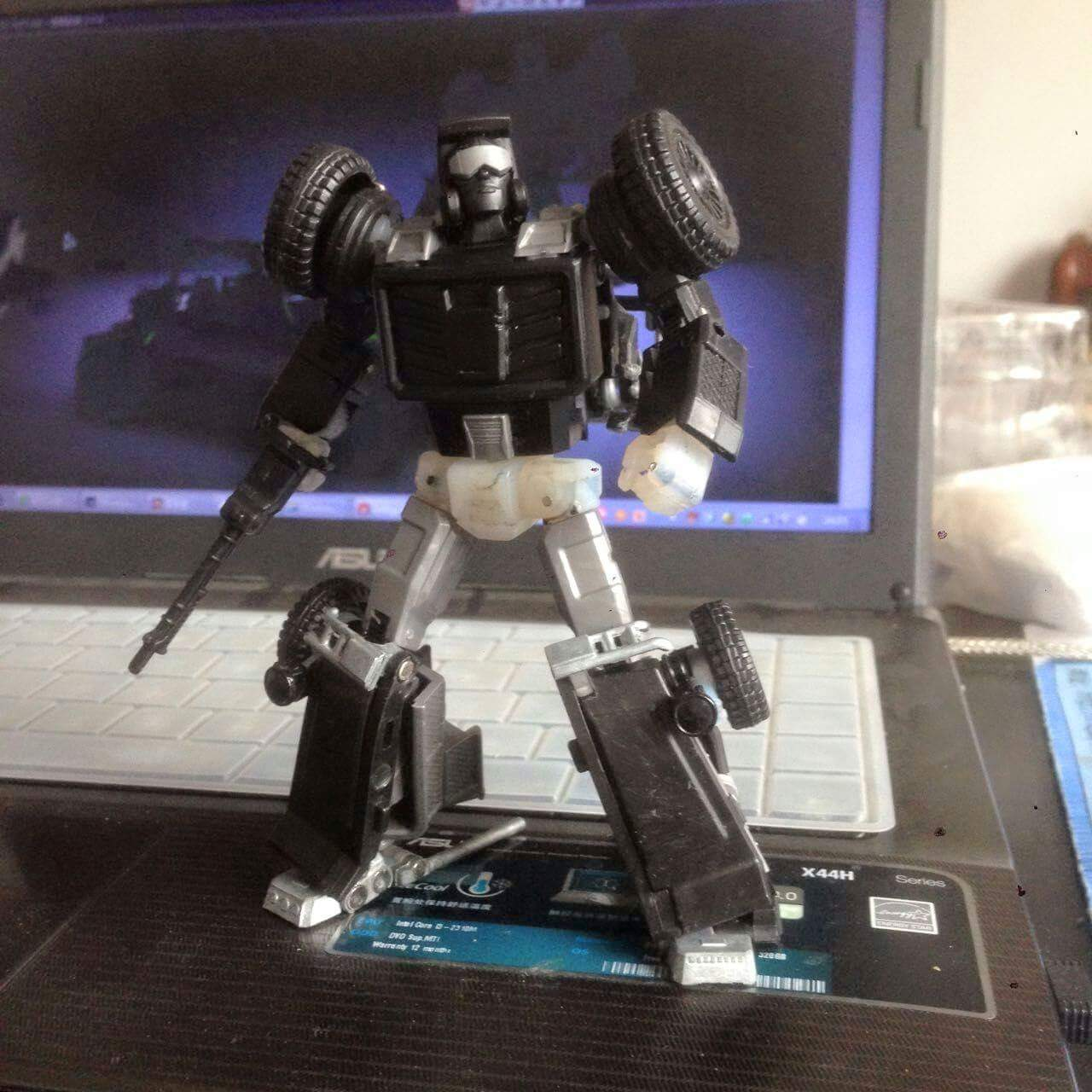 [X-Transbots] Produit Tiers - Minibots MP - Gamme MM - Page 2 UNk4OmaY