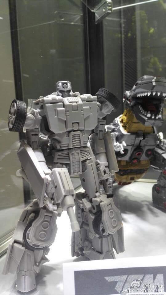 [Transform Mission] Produit Tiers - Jouet M-01 AutoSamurai - aka Menasor/Menaseur des BD IDW Wr21NVqi