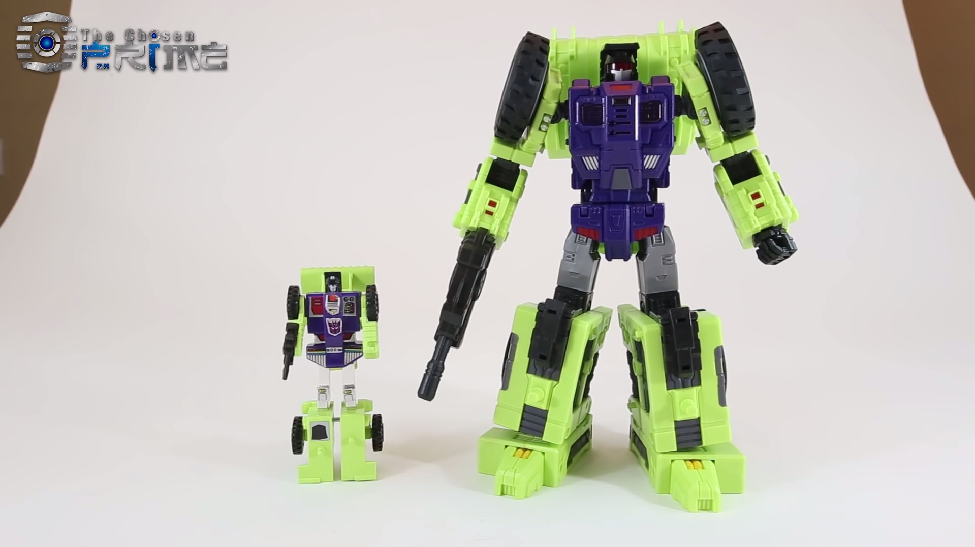 [Toyworld] Produit Tiers - Jouet TW-C Constructor aka Devastator/Dévastateur (Version vert G1 et jaune G2) - Page 8 YPzYbFx8