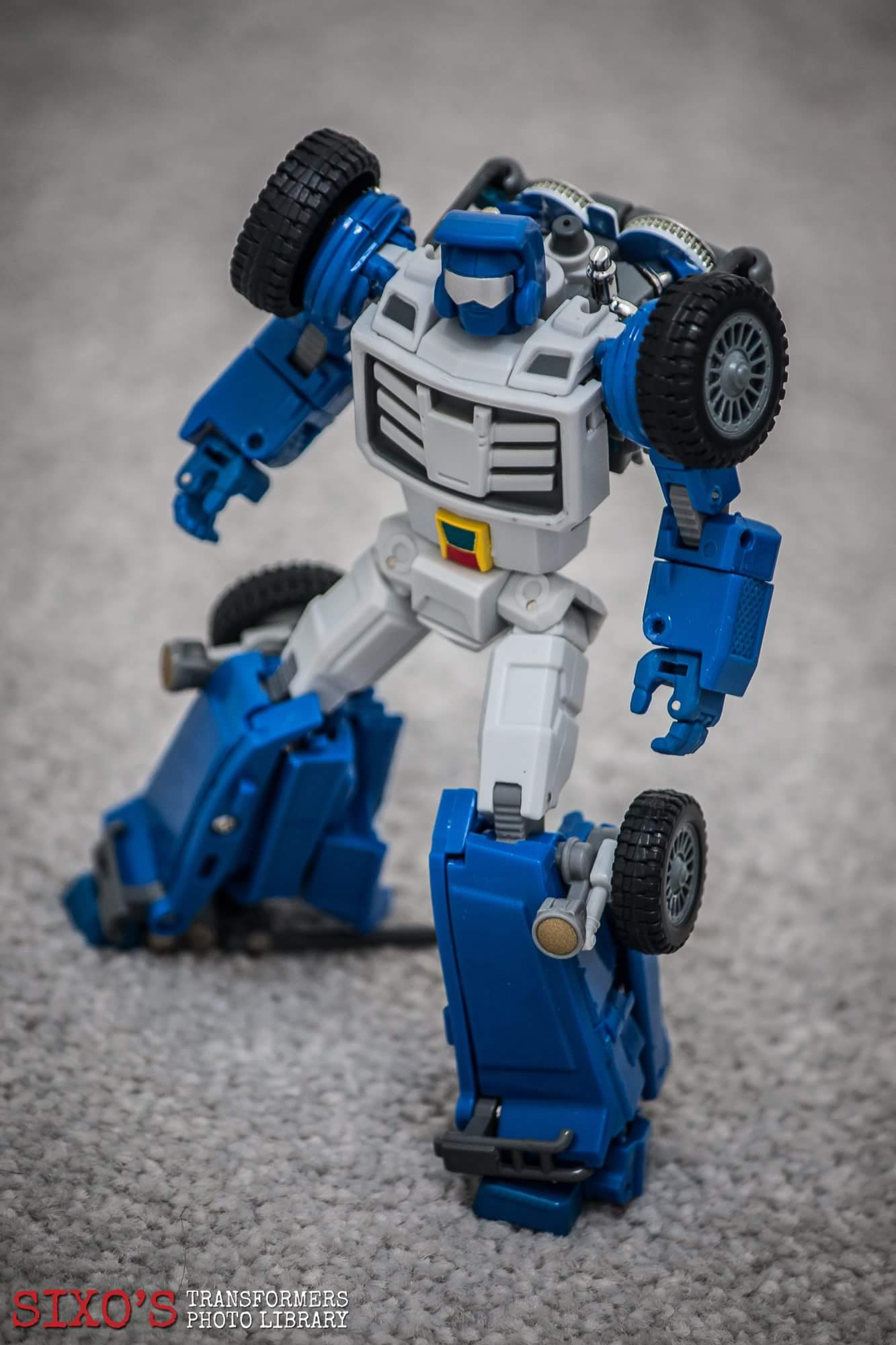 [X-Transbots] Produit Tiers - Minibots MP - Gamme MM - Page 6 ZIwbjiHK