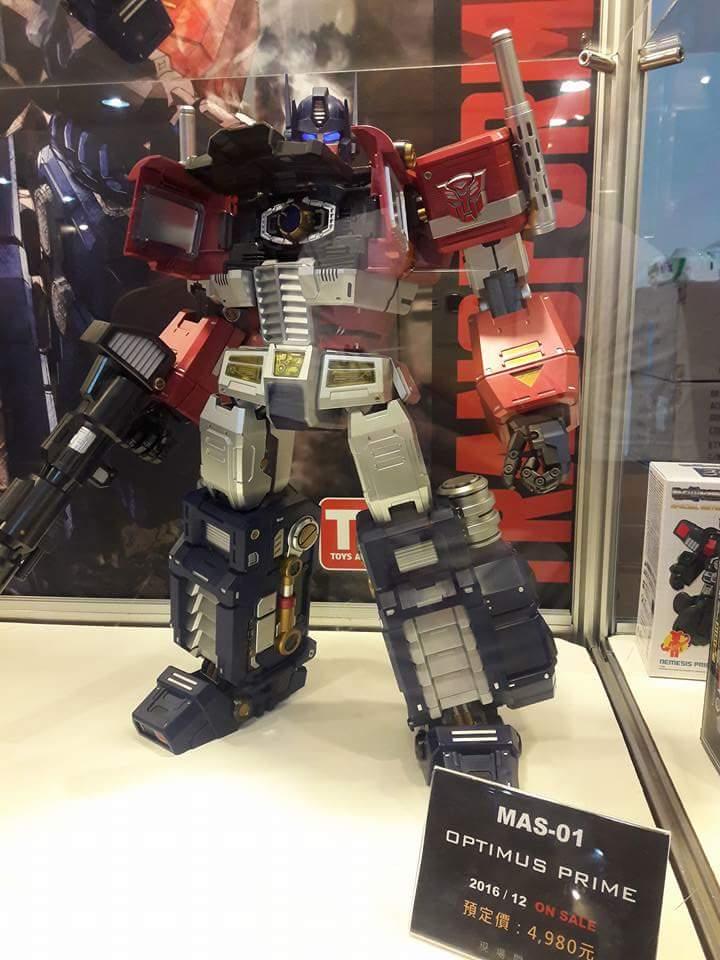 Figurines Transformers G1 (articulé, non transformable) ― Par ThreeZero, R.E.D, Super7, Toys Alliance, etc - Page 4 AI8Mgjhi