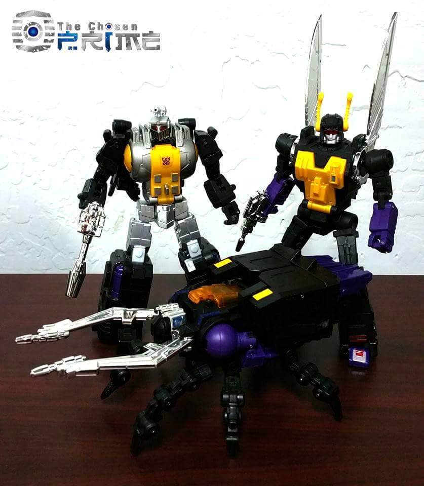 [Fanstoys] Produit Tiers - Jouet FT-12 Grenadier / FT-13 Mercenary / FT-14 Forager - aka Insecticons - Page 3 AYG4hneE