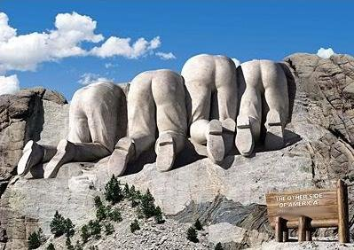 MT. RUSHMORE THE CANADIAN VIEW AaqEeBpF