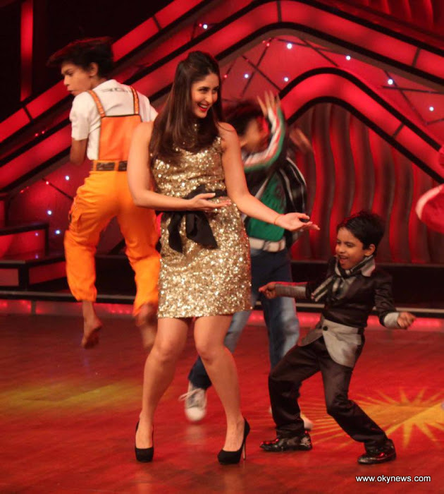 Kareena on the Sets of Dance India Dance Photo Gallery AbbDvLLQ