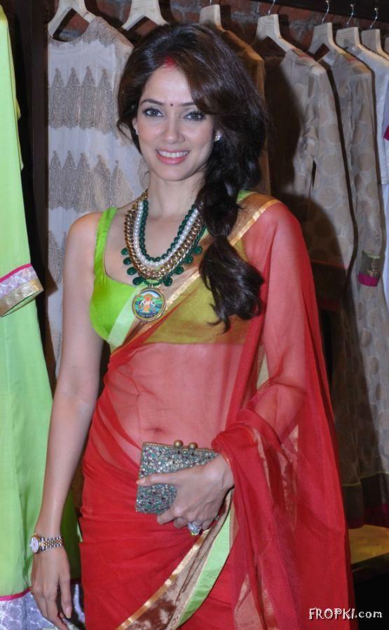 Soonam Modi Launch New Spring Summer Collection (40 Actresses Images) AbhUvECC