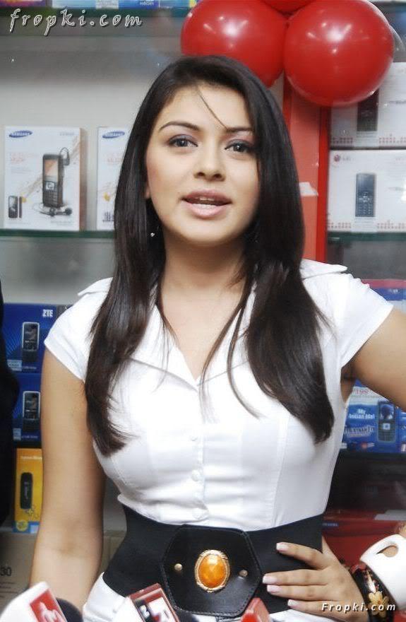 Hansika Motwani at mobile store opening Abhn53XM