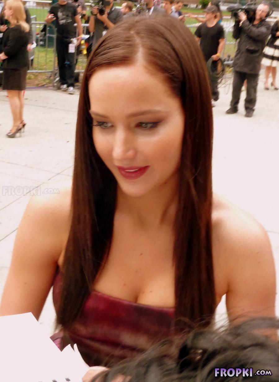 Jennifer Lawrence Stylish Photos - Page 2 Abj8igun