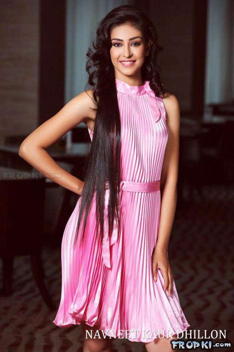 Navneet Kaur Dhillon wins Multimedia Award @ Miss World 2013 AbkAQpFr