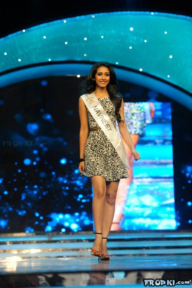 Navneet Kaur Dhillon wins Multimedia Award @ Miss World 2013 AboB3lGi