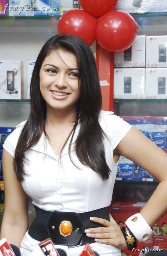 Hansika Motwani at mobile store opening AboKXEeK