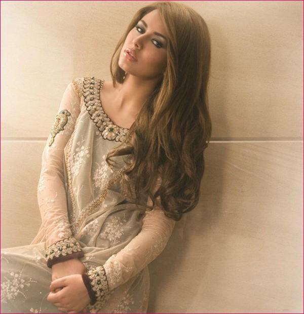 Ayyan - top model of Pakistan - Page 5 Abu4mnHV
