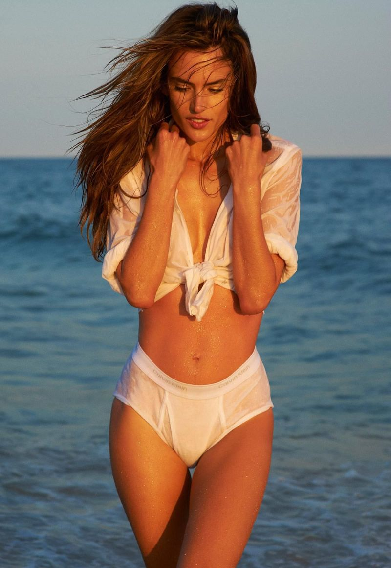 Alessandra Ambrosio in Made in Brazil magazine AbygF25V