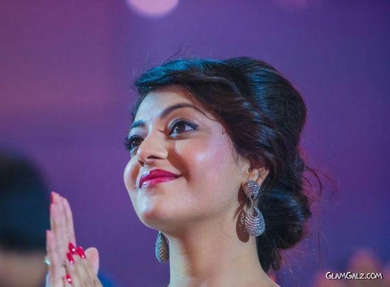 Kajal Agarwal At SIIMA Movie Awards 2013 AcgCwtrg