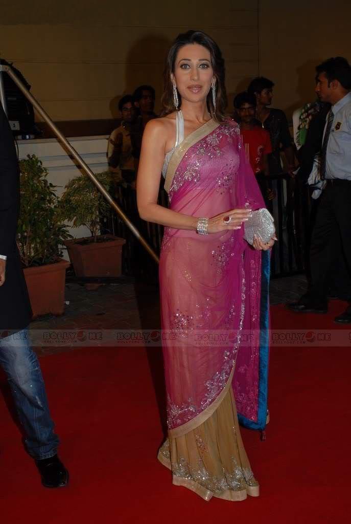 Karisma Kapoor in transparent saree at Nach Baliye 4 AcgM2ix0