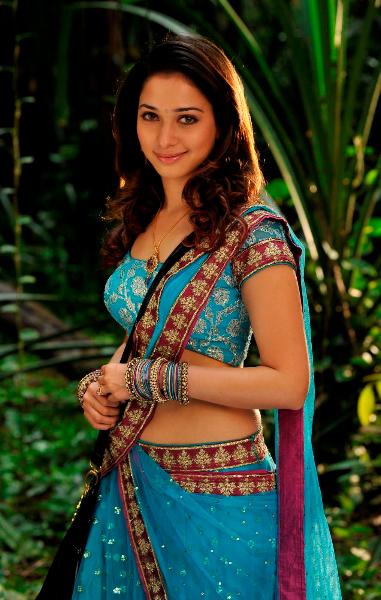 Tamannaah spit in blue Sari images AchrpeOR