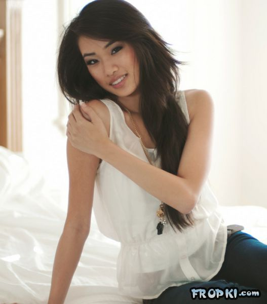 Sexiest Girls from Southeast Asia - Page 2 Acj0396H