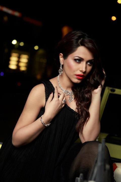 Ayyan - top model of Pakistan - Page 5 AcnxQms3