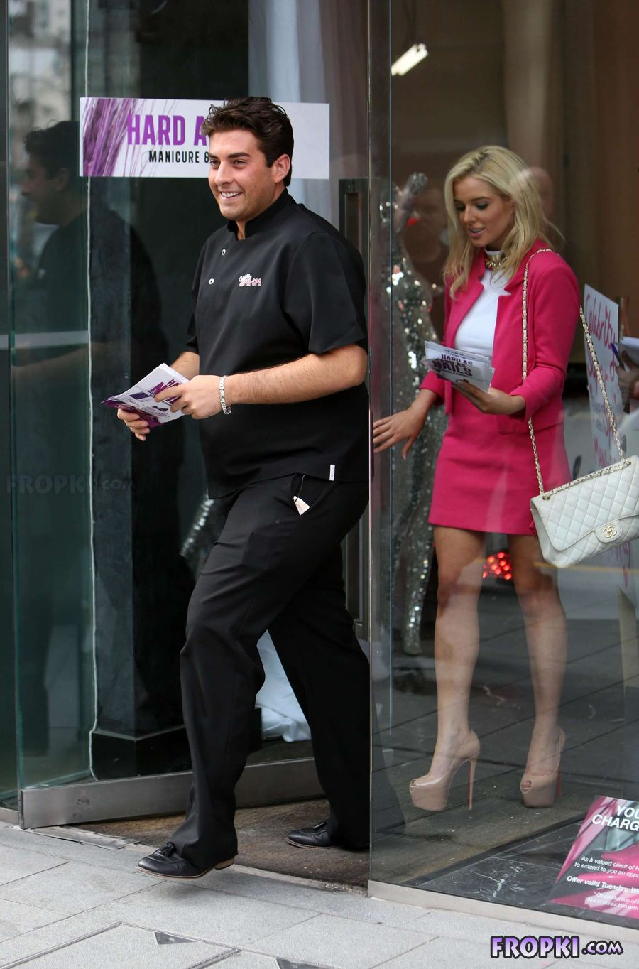 Helen Flanagan in suit on set of Celebrity Superspa - Page 2 Acphjc14