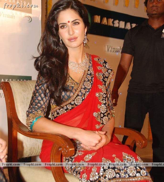 Katrina Kaif sizzling photos in red Saree Acr0YnPO