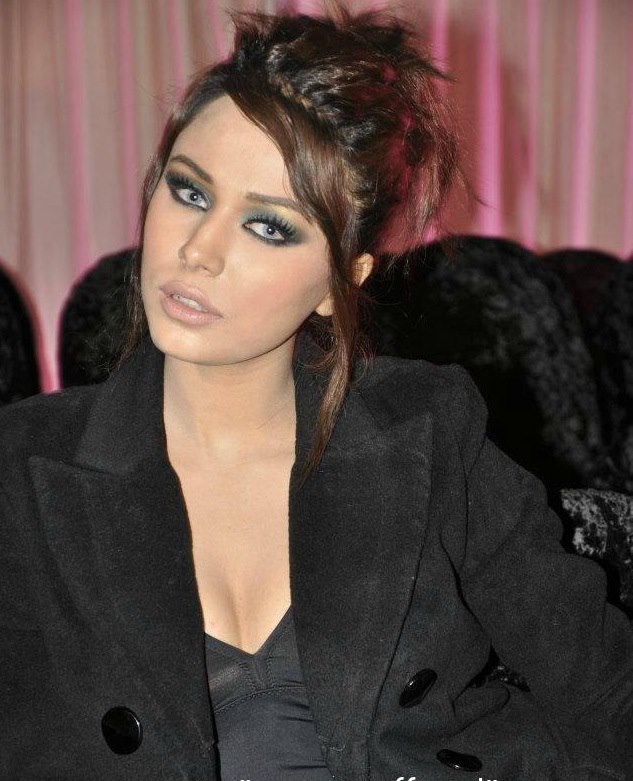 Ayyan - top model of Pakistan - Page 2 AcrCzTPK