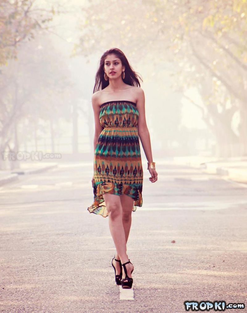 Navneet Kaur Dhillon wins Multimedia Award @ Miss World 2013 ActYf22W