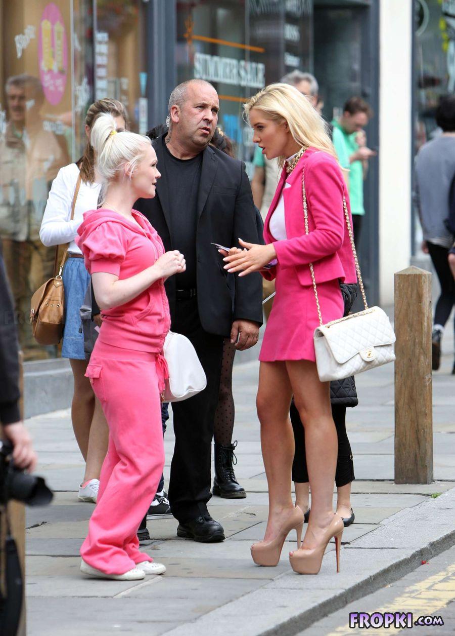 Helen Flanagan in suit on set of Celebrity Superspa - Page 2 ActiSXRL