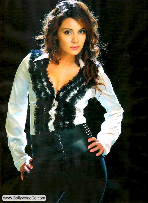 Minissha Lamba's 31 Most Sexy Pictures - HOT Actress - Page 2 Acu5OiTc
