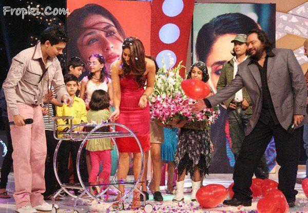 Kareena Kapoor releases audio of Jab We Met Acv4c1oQ