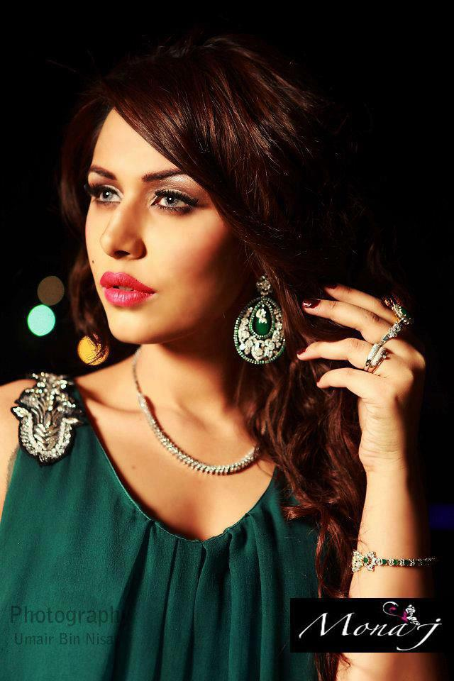 Ayyan - top model of Pakistan - Page 7 AcxLb7IG
