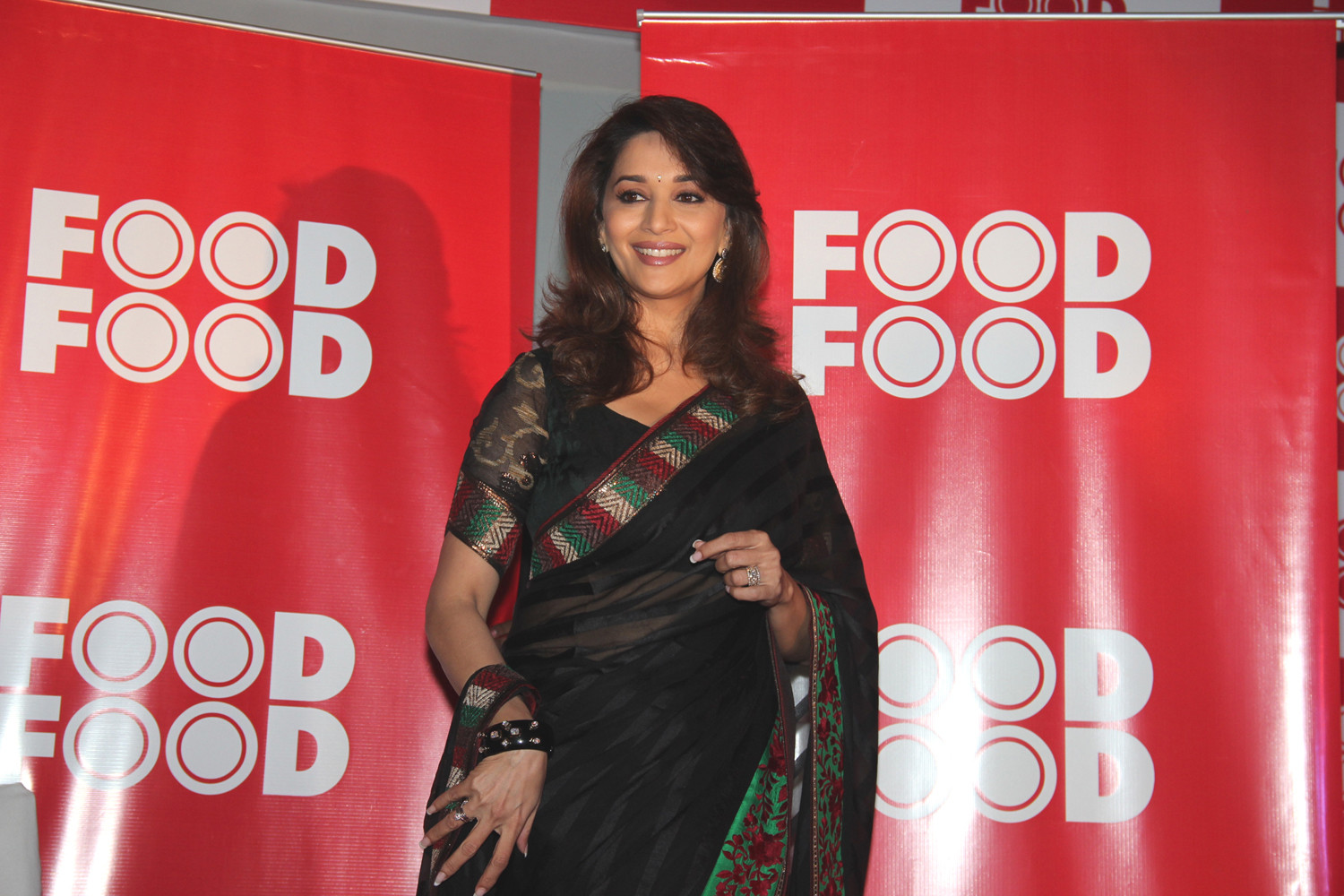 Madhuri Dixit Ever gorgeousness HQ Unwatermarked images AcyzaH7r