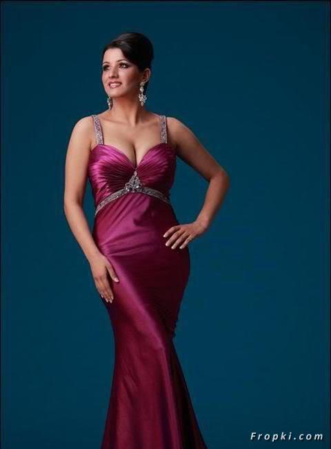 Sara Dhillon Miss India contestant bikini AczwM1eS