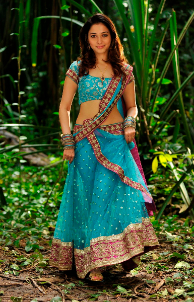 Tamannaah spit in blue Sari images AdbqaSDs