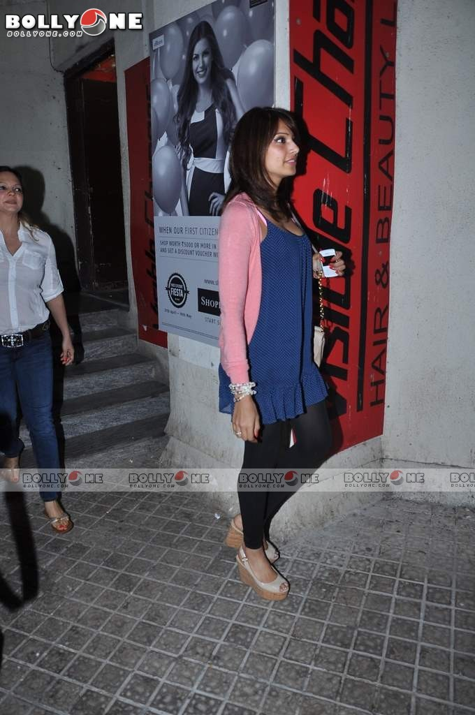 Ameesha Patel and Bipasha Basu Spotted at PVR Juhu AddTVCXs