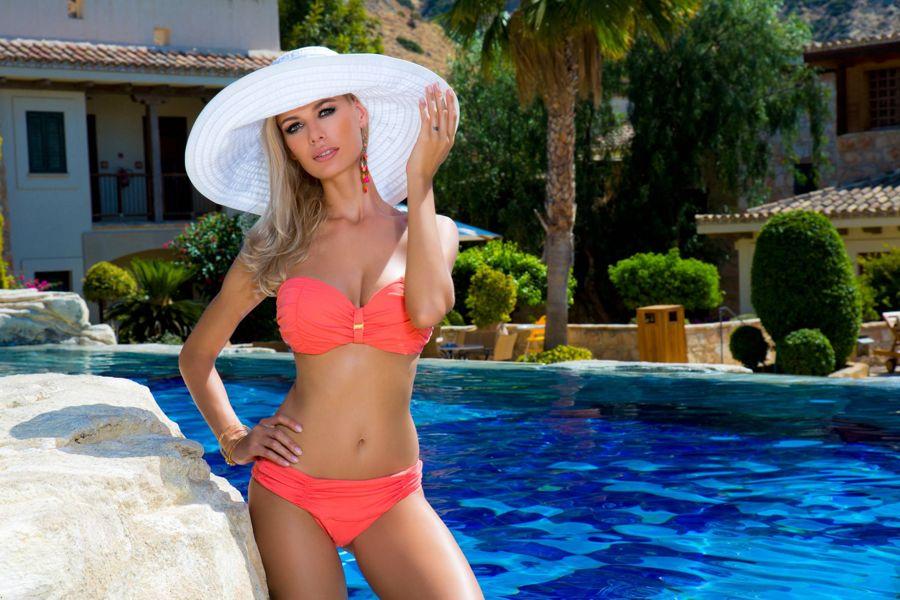 Anna Maria Sobolewska - Lavel Bikini Photoshoot - Page 2 AddcEyD7