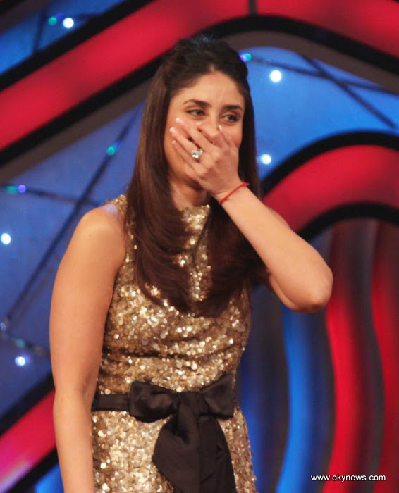 Kareena on the Sets of Dance India Dance Photo Gallery AdeUozUP