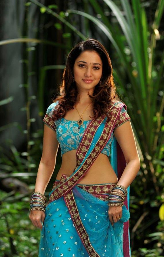 Tamannaah spit in blue Sari images Adfr5TZE