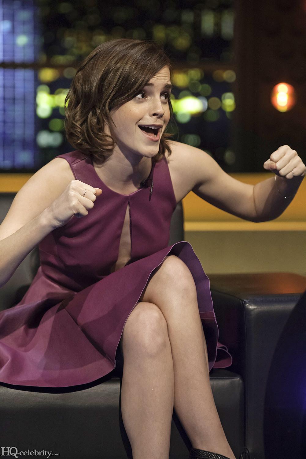 Emma Watson Has A Blast On The Jonathan Ross Show AdkbDyFj