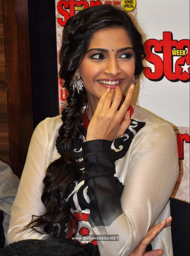 Sonam Kapoor and Dhanush unveil Star Week's new issue AdoJeDrB