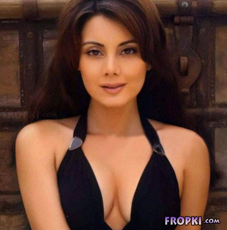 Best Ever Seen Images Of Minissha Lamba - Page 2 AdosSF8h