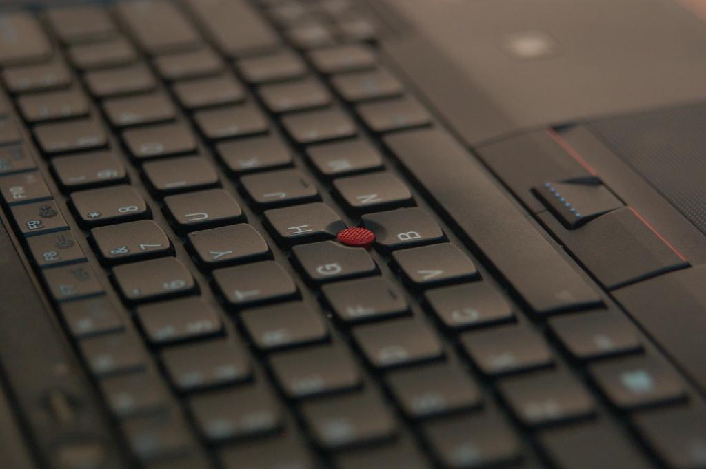 Đánh giá Lenovo ThinkPad W530, dòng máy trạm chuyên dụng, siêu bền Adt9MyCb