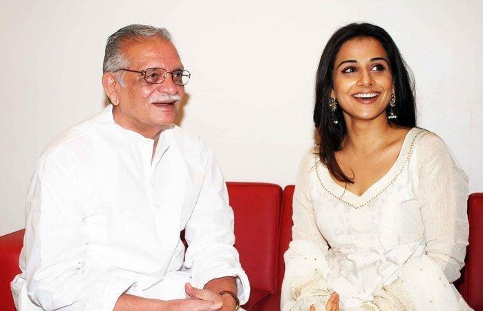 Cute Vidya Balan at Karadi Tales Book Launch! AdttHSF7