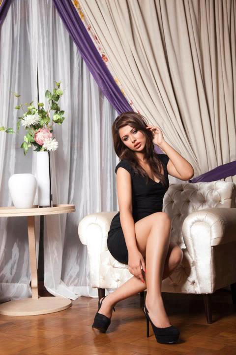 Ayyan - top model of Pakistan - Page 6 AdvBHix6