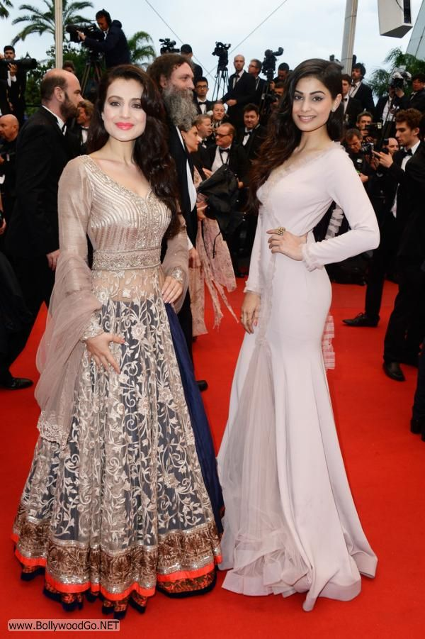 Amisha and Puja Gupta at All is Lost Premiere at Cannes AdwNo8S8