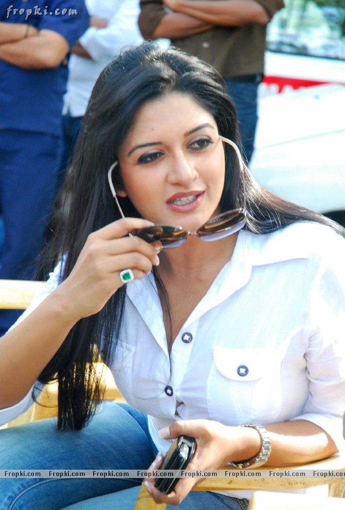 Vimala Raman hot photos in blue jean AdwQKuEG