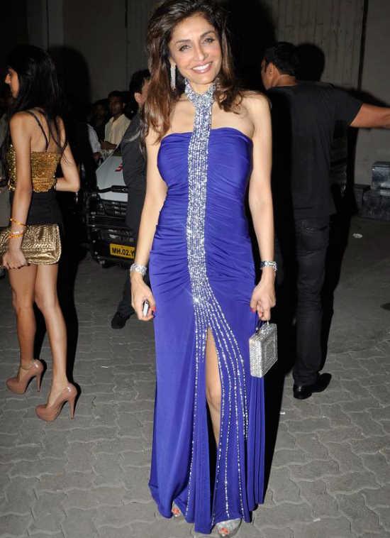 Malaika, Sonakshi, and Other Celebs at the 'Pantaloons Femina Miss India 2011' Finale Adxt0zk0