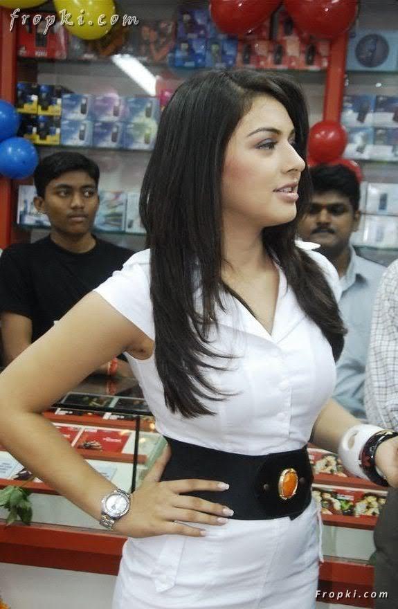 Hansika Motwani at mobile store opening AdyGAYNd