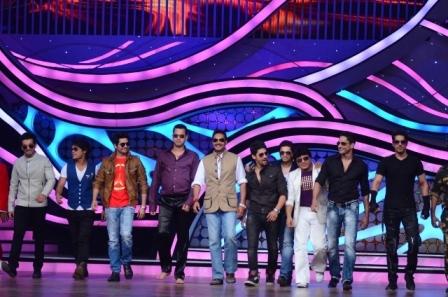 Ajay Devgan & Shilpa Shetty At Nach Baliye 5 Adz4AFjX