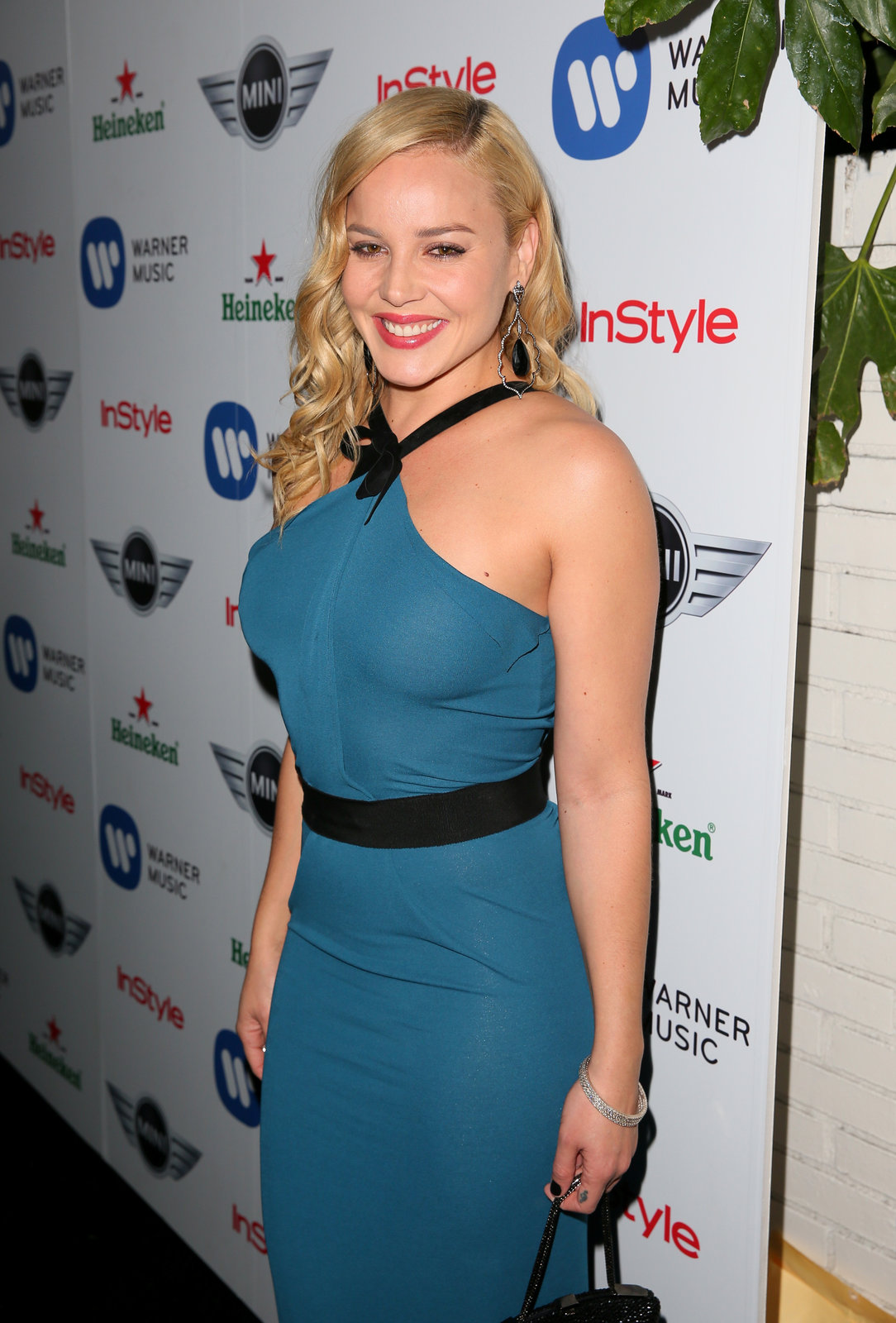 Abbie Cornish – grand @ Warner Music Group 2013 Grammy festival Adz7IgS5
