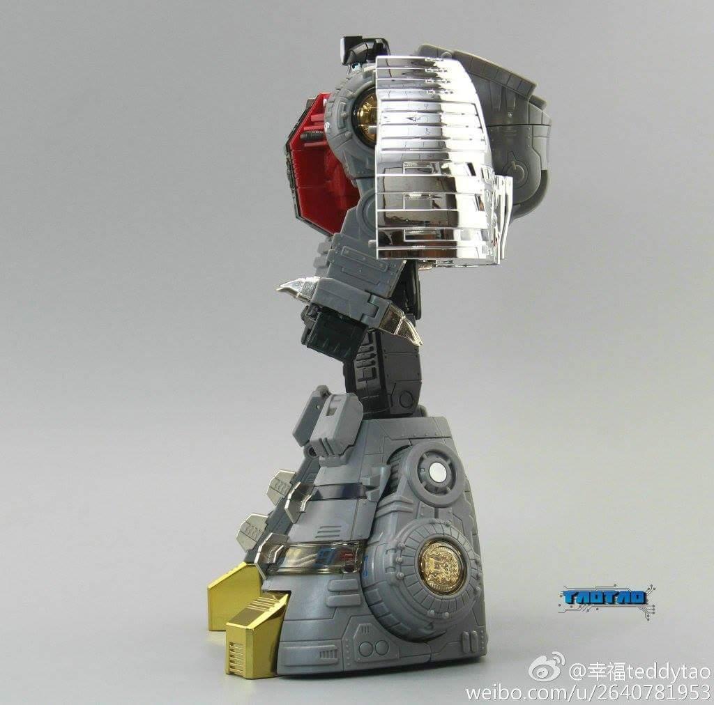 [Fanstoys] Produit Tiers - Dinobots - FT-04 Scoria, FT-05 Soar, FT-06 Sever, FT-07 Stomp, FT-08 Grinder - Page 9 AiudL5lk